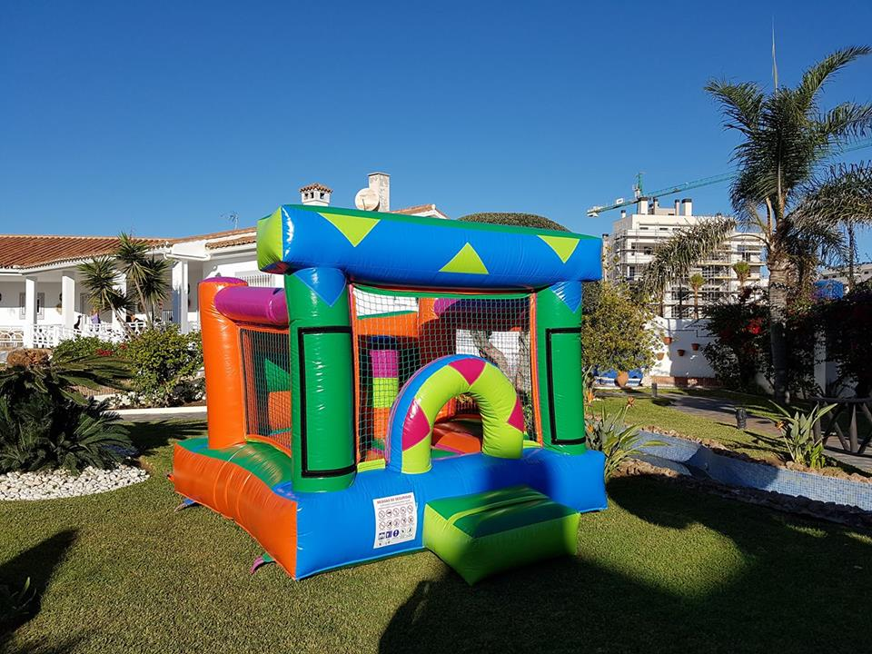 castillo hinchable en malaga